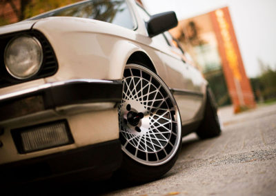 BMW 3 SERIES E30 | JR14 | Silver Finish | 16×9