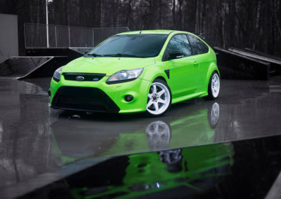 FORD FOCUS RS | JR3 | White | 18×9