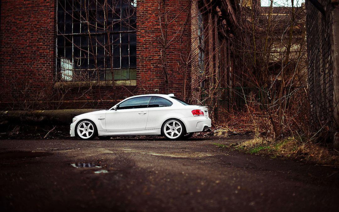 BMW M1 | JR3 | White | 19×9.5 & 19×10.5