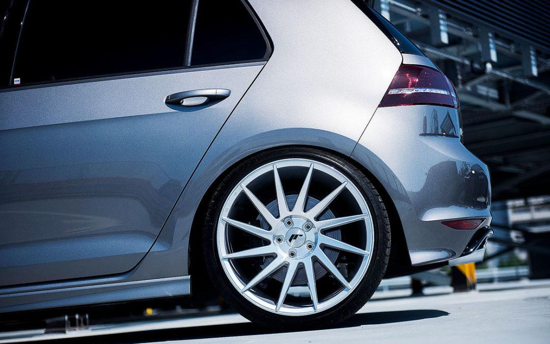VW GOLF MK7R   JR22 19