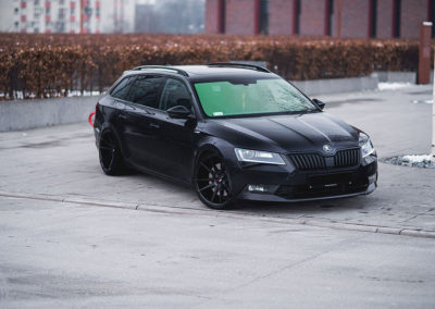 SKODA SUPERB | JR21 | Black