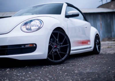 VW BEETLE | JR33 | Hyper Black 19
